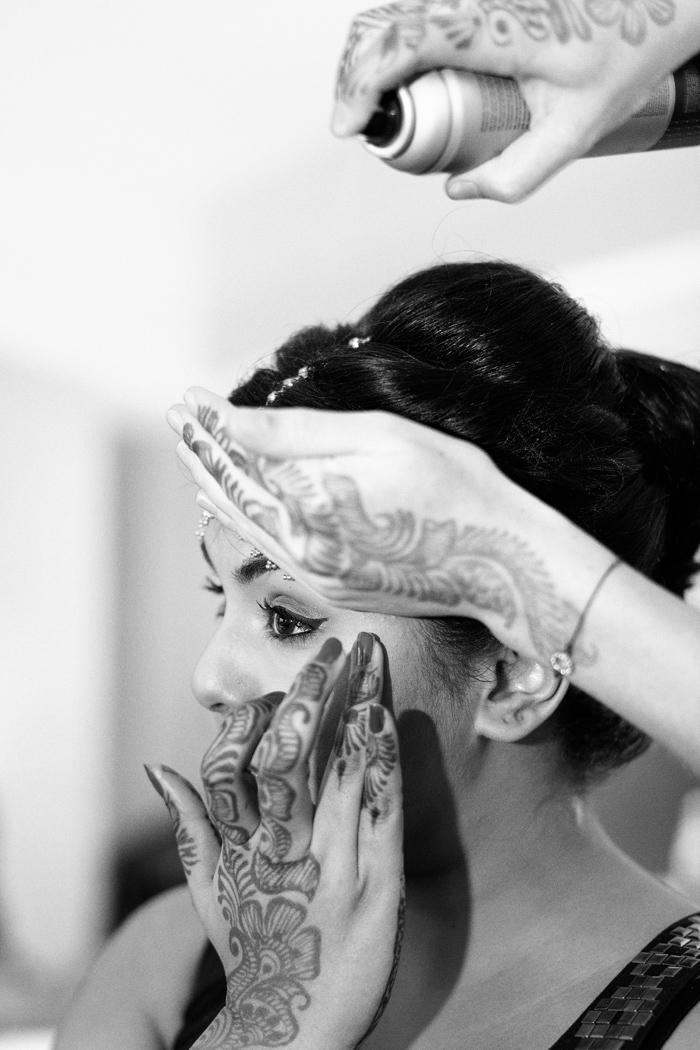 bride getting ready, India