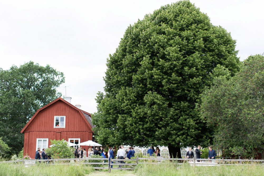 wedding in old rectory sweden