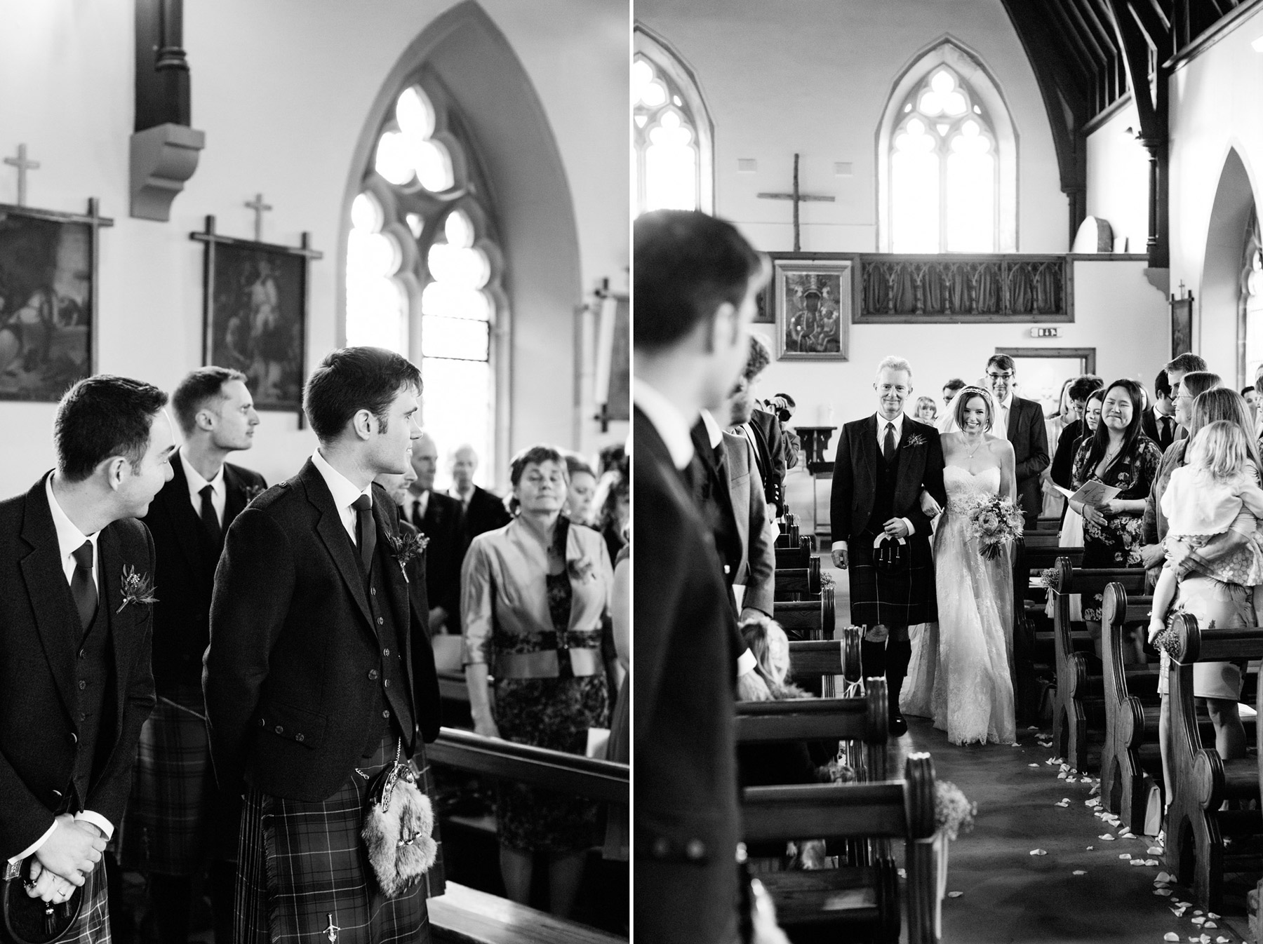 brud och far i altargangen